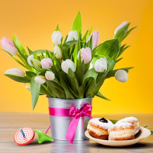 התאמת פרחים לשולחן חג חנוכה