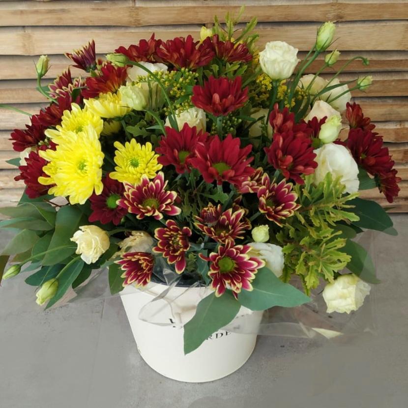 דלי פרחים flowers & garden אדום